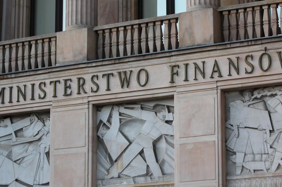 W I poł. br. fiskus zablokował niemal 230 mln zł z rachunków VAT