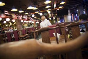 Ekspert: Restauracje i hotele podkradają sobie pracowników