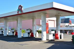 190 pracowników stacji paliw Auchan ma nowego pracodawcę