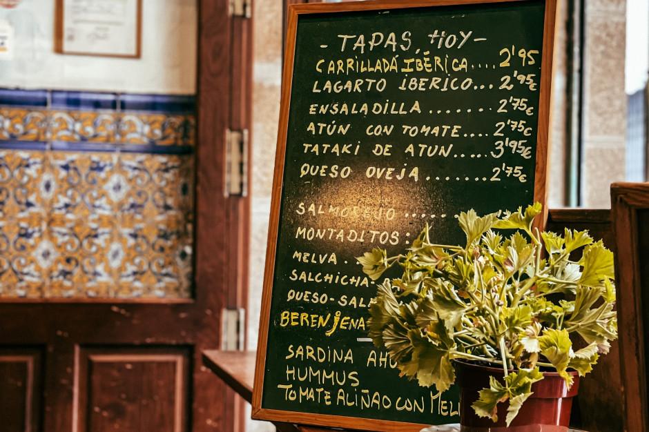 Hiszpania-Portugalia: Restauracje zaostrzają przepisy covidowe