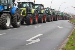 Rolnicy z Agrounii blokują drogę nr 12