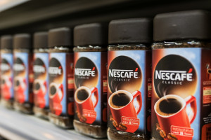 Nestle zyskał w I półroczu, głównie dzięki popytowi na kawę