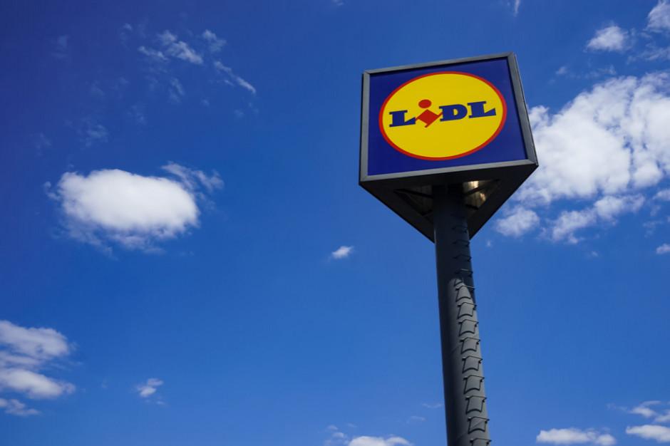 Lidl: pierwszy przystacyjny sklep w Europie