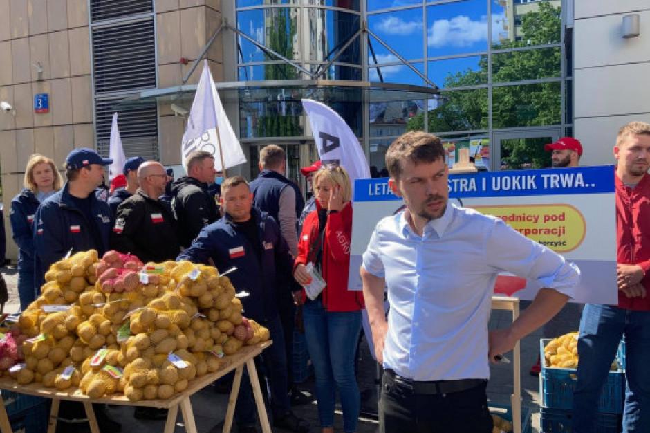AgroUnia szykuje blokady w kilkunastu miejscach Polski