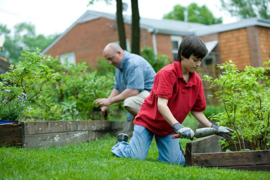Bricomarché: Prace w ogrodzie obniżają ryzyko chorób krążenia