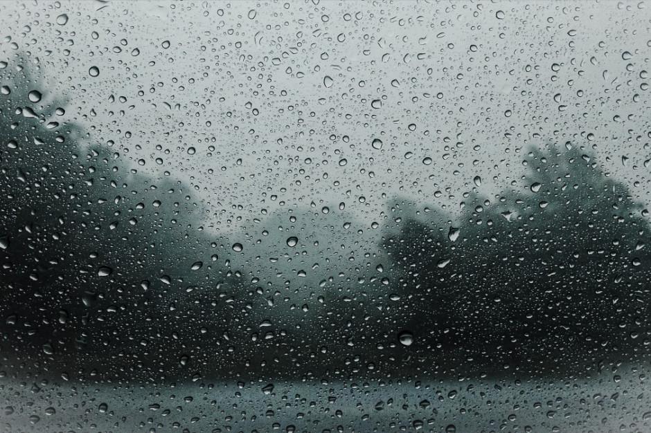 RCB ostrzega przed intensywnym deszczem