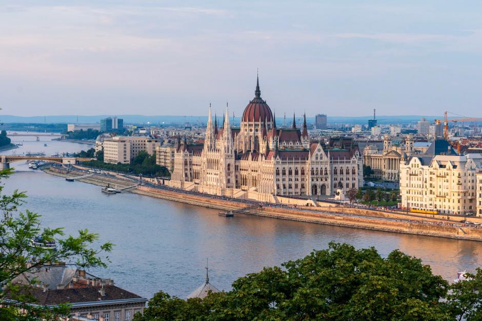 Huxit?! Większość Węgrów nie chce wyjść z UE
