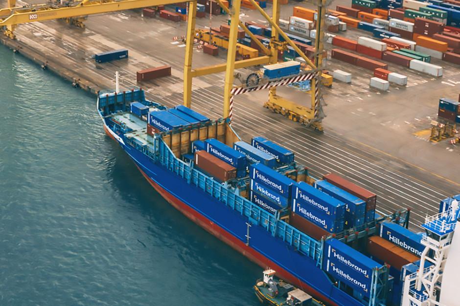 Hillebrand Poland rozwija morski transport kontenerowy płynnych produktów