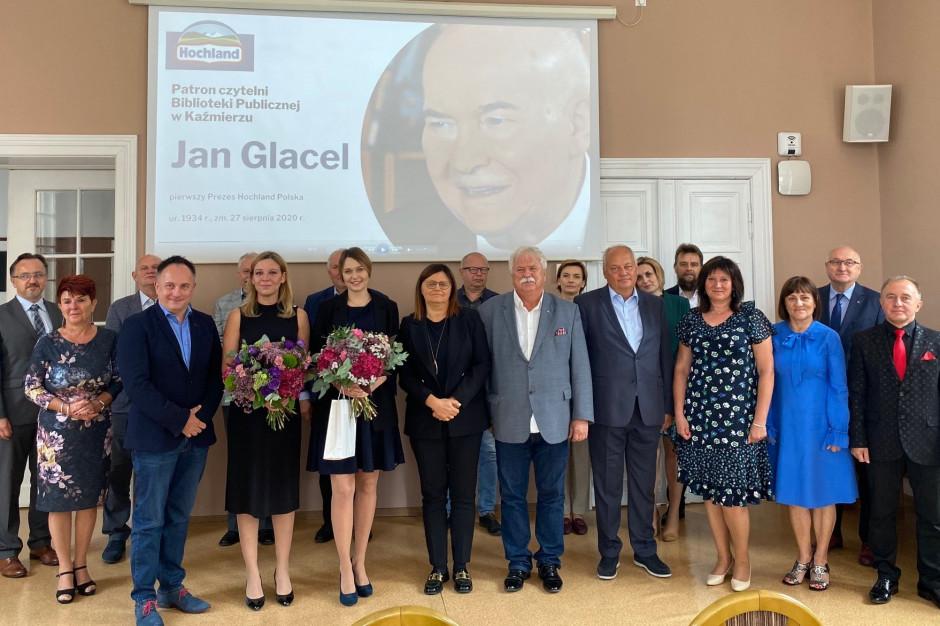 Pierwszy Prezes Hochland Polska patronem czytelni w Kaźmierzu