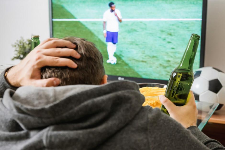 Reklamy piwa wspierają rozwój sportu uczniów?