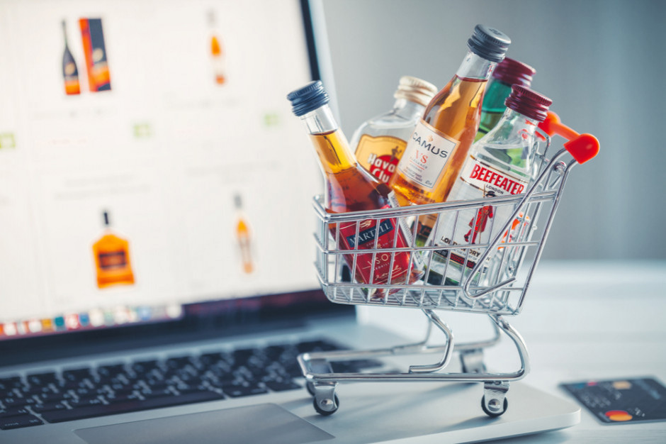 Branża alkoholowa postuluje uwolnienie sprzedaży w internecie