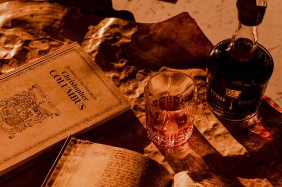 Dziennik Krzysztofa Kolumba zakrapiany rumem