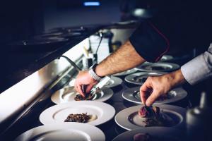 """Polscy szefowie kuchni, którzy """"podbili"""" gastronomię w UK"""