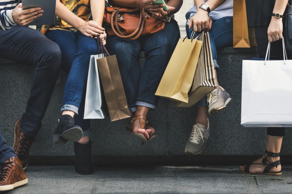 Eksperci: dane o sprzedaży det. wskazują na wyhamowywanie konsumpcji
