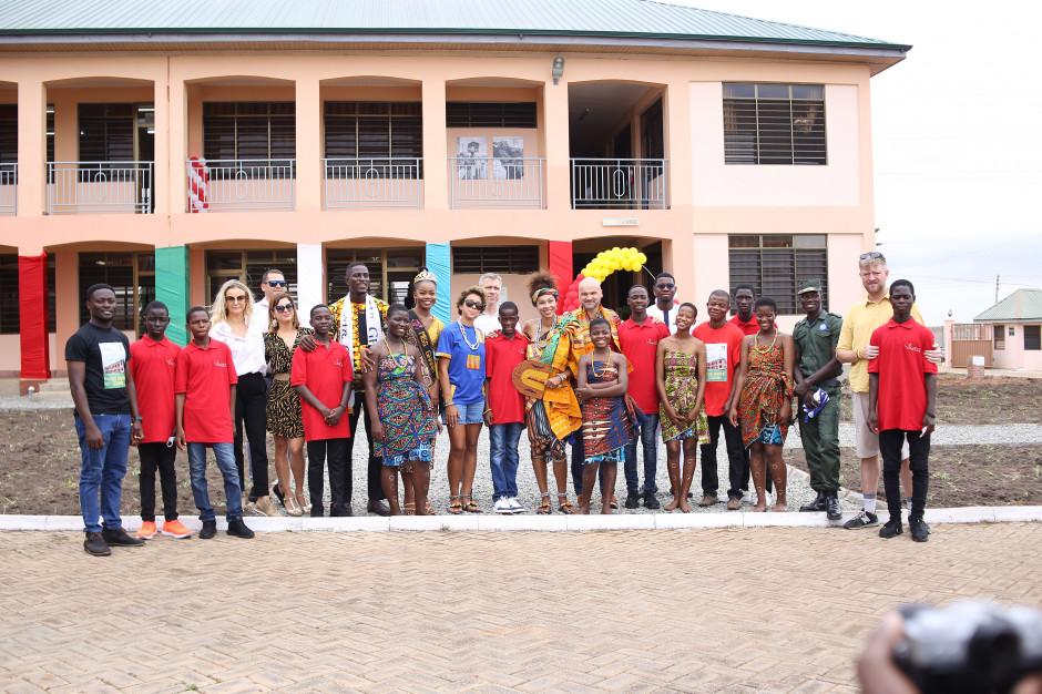 Marka E.Wedel wsparła Omenaa Foundation przy budowie szkoły w Ghanie