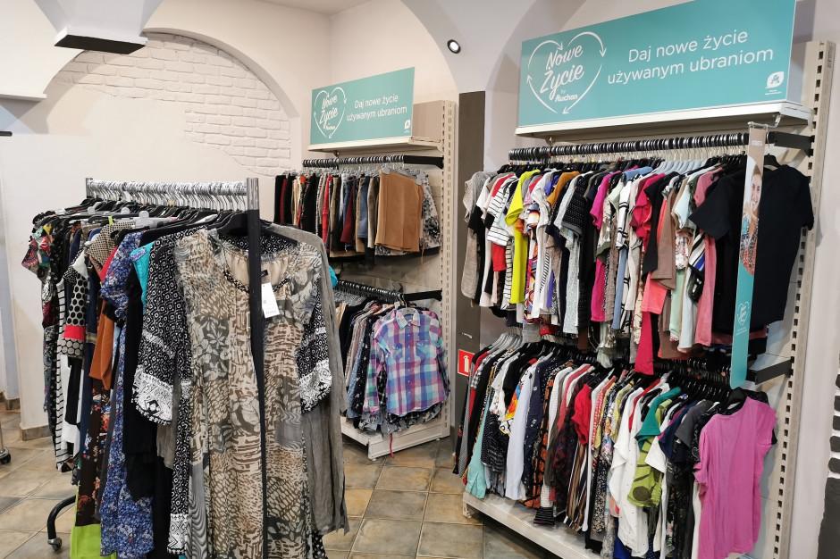 Auchan: 44 sklepy oferują ubrania second hand znanych marek