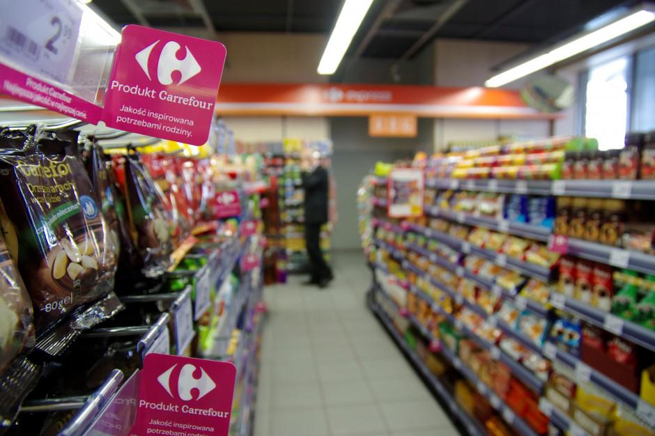 Carrefour wycofuje się z zasady o dobrowolności pracy w niedziele