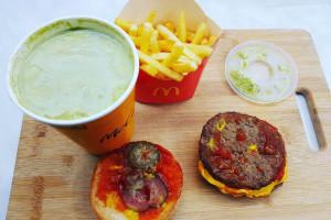 Zestaw Maty w McDonald's: Bosacka miażdży jego skład