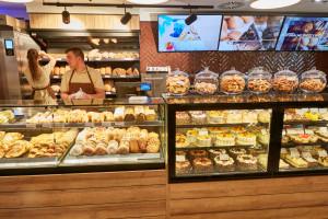 Piekarnia Skalski rozwija koncept Skalski Cakes&Cafe