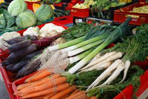 Bronisze: krajowe warzywa coraz tańsze