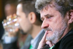 Janusz Palikot sprzedaje wódkę, którą wcześniej wysłał w kosmos