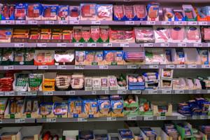 Dlaczego sieci handlowe nie podnoszą cen mięsa?