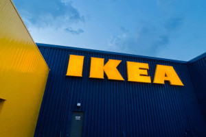 Sklep IKEA na jednej z kultowych ulic handlowych