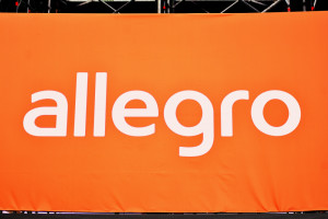 Skąd kolejny mocny spadek kursu Allegro?