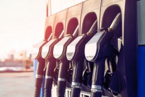 Ceny paliw. Drogie wyjazdy na Wszystkich Świętych